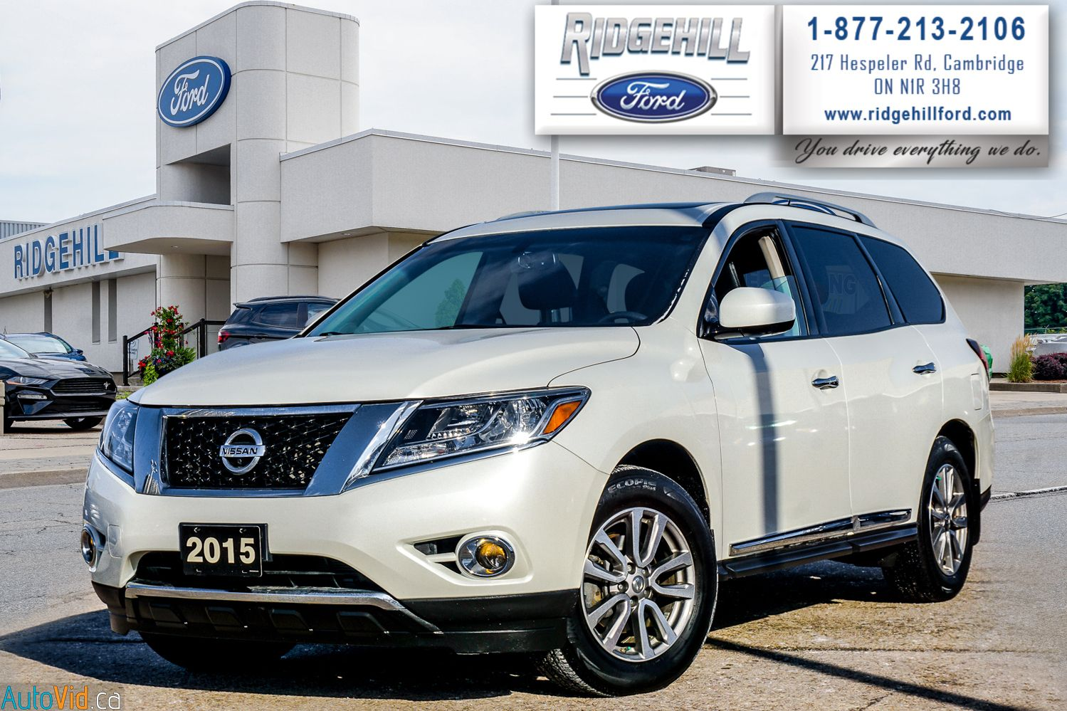 2015 Nissan Pathfinder Image