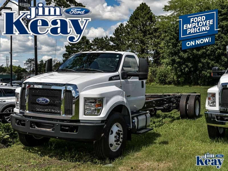 2017 Ford F-650 Image