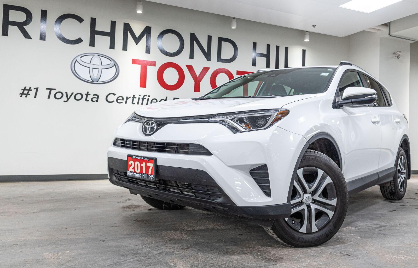 2017 Toyota RAV4 Image