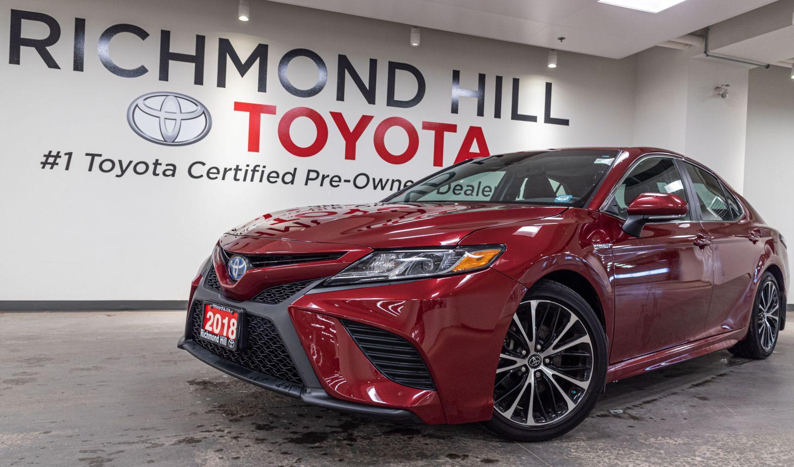 2018 Toyota Camry Hybrid Image