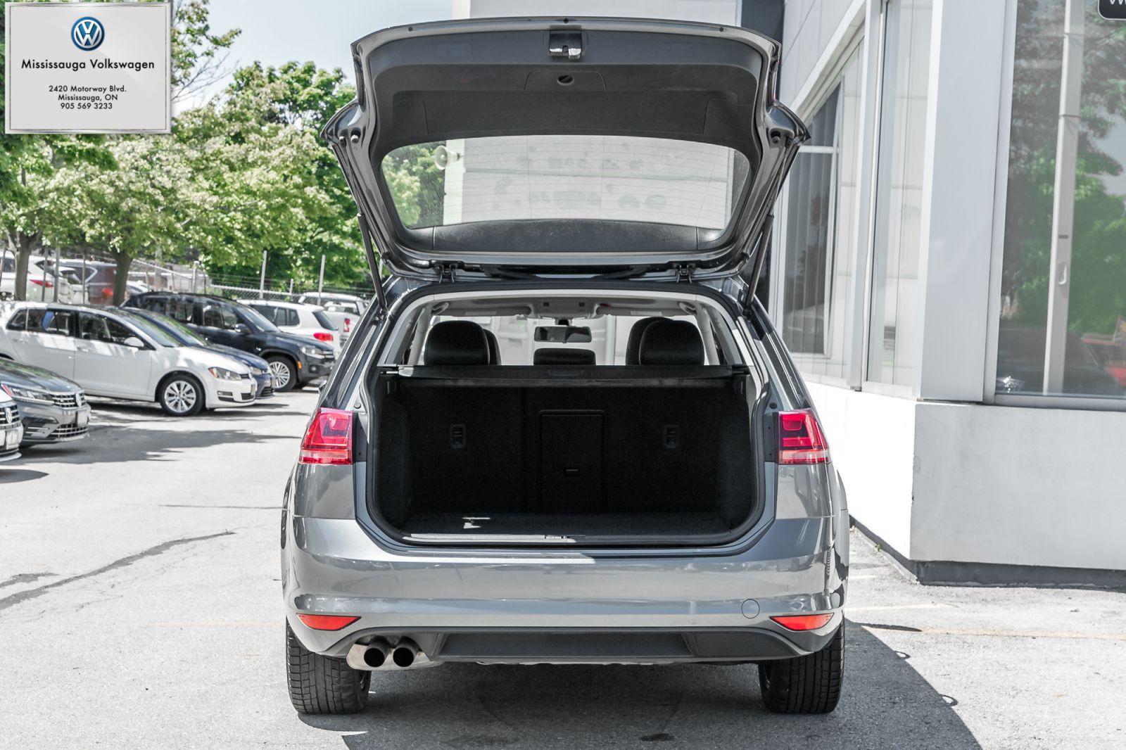 2017 Volkswagen Golf SportWagen