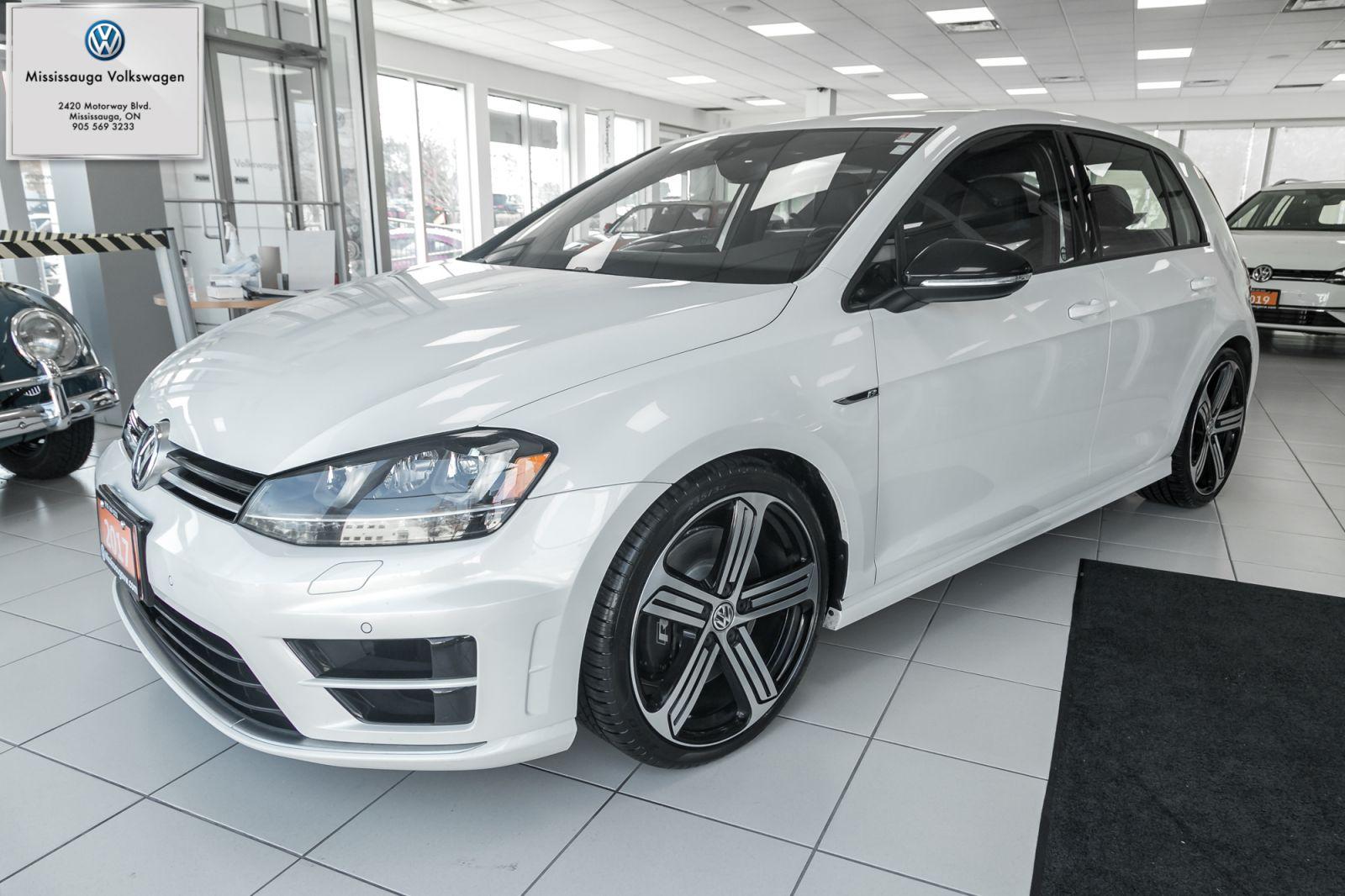 2017 Volkswagen Golf R Image