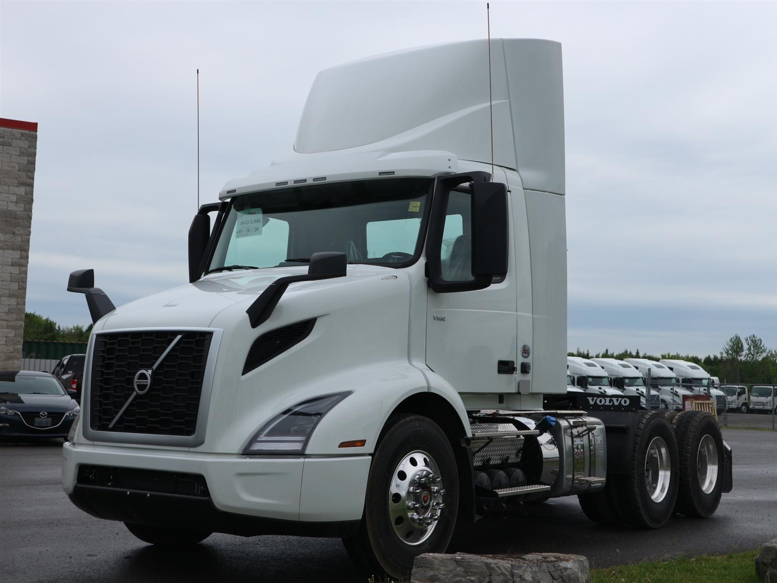 2021 Volvo VNR 300 Image